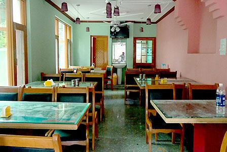 Grand Tabiyah Inn Hotel Srinagar Restaurant