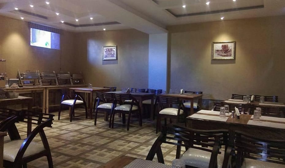 Mayfair Hotel Srinagar Restaurant