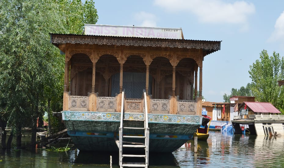 Miss India Houseboat Srinagar