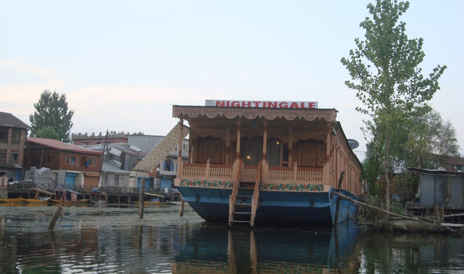 Nightingale Houseboat Srinagar