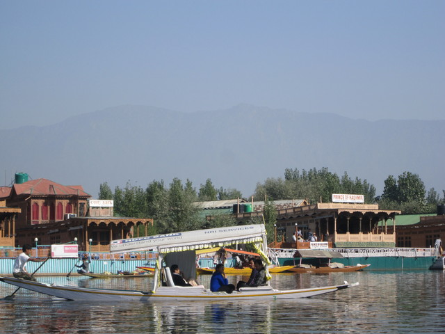 Prince of Kashmir Group of Houseboats Srinagar