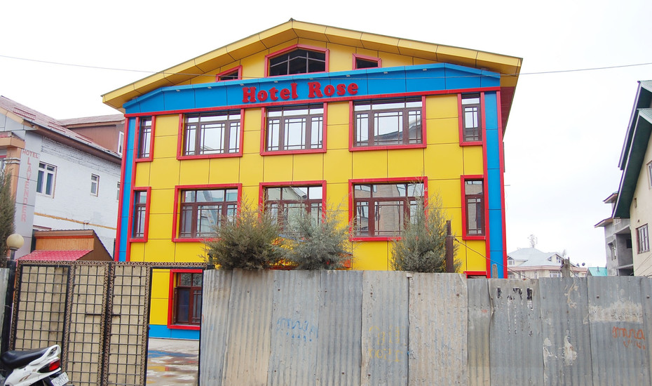 Rose Inn Hotel Srinagar